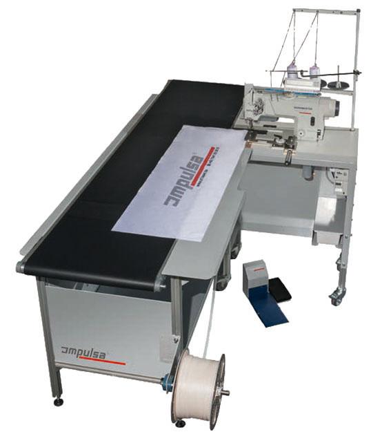 Machine à coudre Impulsa Synchromatic avec table de convoyage